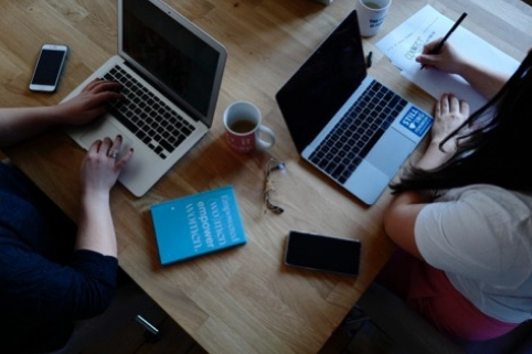 Call per startup